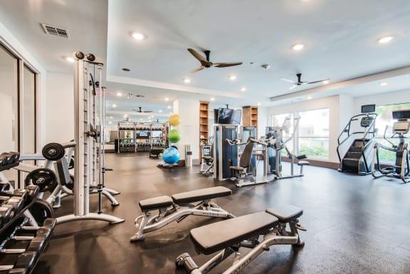 Fitness center at Windsor Shepherd, TX, 77007