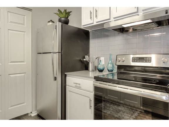 high-quality appliances at The Villas at Main Street Apartments in Ann Arbor, MI