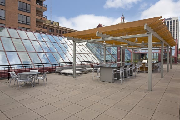Galtier Towers Aprtments in Lowertown, St. Paul, MN Rooftop Lounge with awesome skyline views