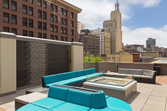 Galtier Towers Apartments in St. Paul, MN Gorgeous Rooftop Lounge