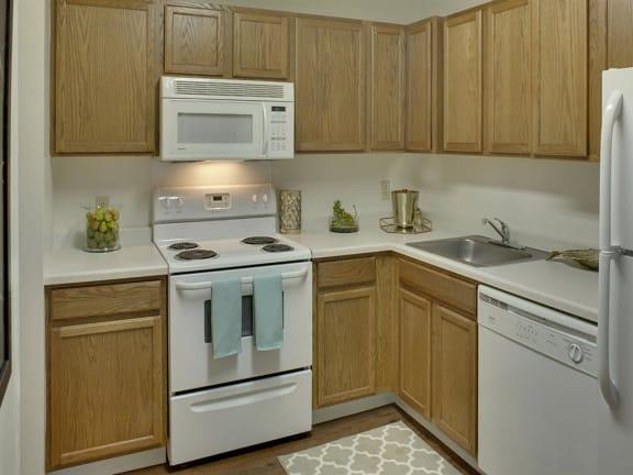Willow Pond Apartments in Burnsville, MN Kitchen