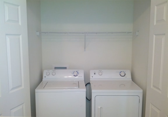 in unit laundry systems at hawthorne apartments indiana