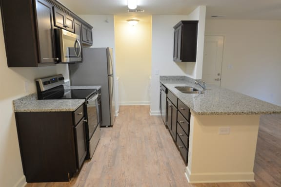Granite Kitchen Worktops at Shenandoah Properties, Lafayette