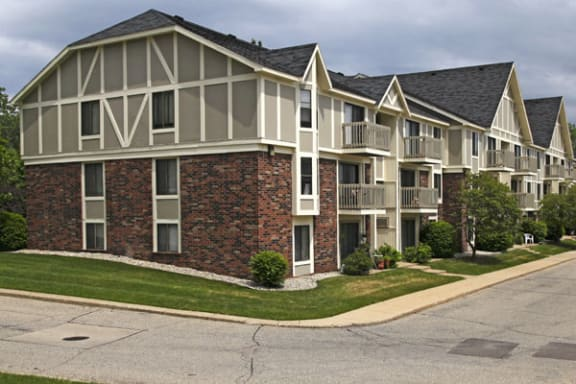Private Balcony or Patio Offered at Concord Place Apartments in Kalamazoo, MI