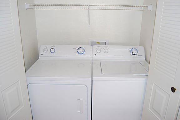 Full-size Washer and Dryer at Dupont Lakes Apartments in Fort Wayne, IN