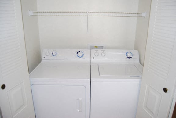 Full-size Washer/Dryer at Hunters Pond Apartment Homes in Champaign, IL