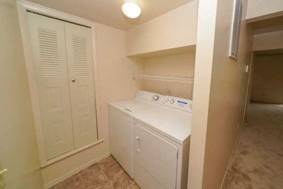 Laundry Room at Hurwich Farms Apartments in South Bend, IN
