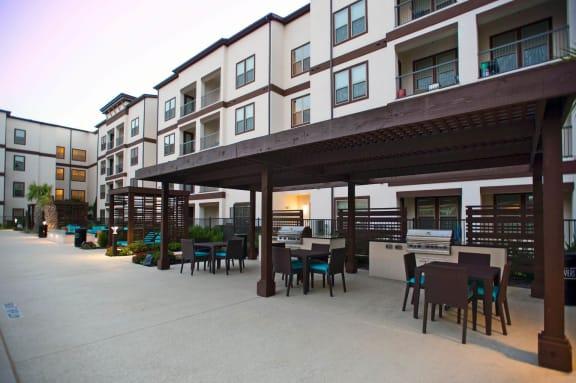 BBQ With Shaded Sitting at Towers at Spring Creek, Garland, TX, 75044