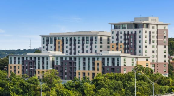 Elegant Exterior View at Berkshire Riverview, Austin, 78741