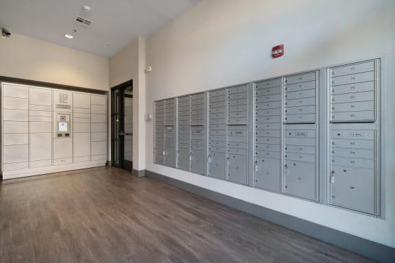 Package Lockers/Mailroom