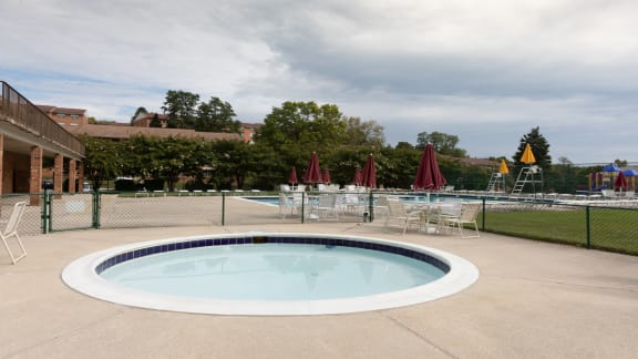 Kiddie Pool at Cromwell Valley for Seminary Roundtop Apartments