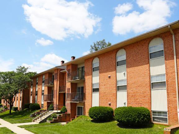 Cub Hill Apartments exterior front view