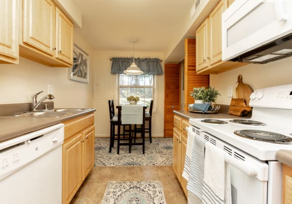 Fully equipped eat in kitchen at Spring Hill Townhomes