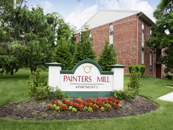 Painters Mill Apartments monument sign