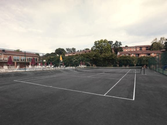 Tennis court at Cromwell Valley Apartments in Towson, MD