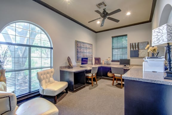apartments with a business center in frisco tx