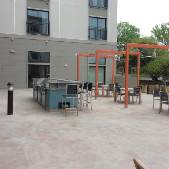 Chill With Your Friends At Outdoor Grill at The George & The Leonard, Atlanta, GA, 30312