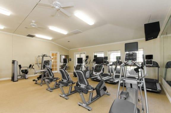 Fitness-Center at Mansions at Briggs Ranch, San Antonio, 78245