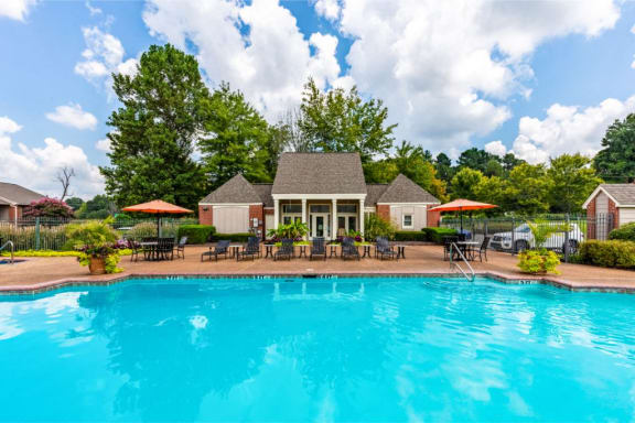 Large Pool at Cambridge Station Apartment Homes, Oxford, Missisisppi