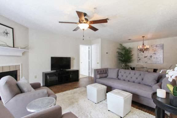 Luxury apartments in Clinton