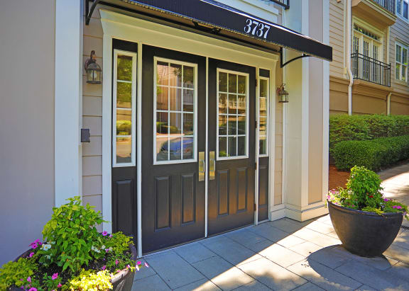 Entrance Of Property at Sterling Magnolia Apartments, Charlotte, NC