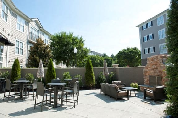 Outside Seating Area at Sterling Magnolia Apartments