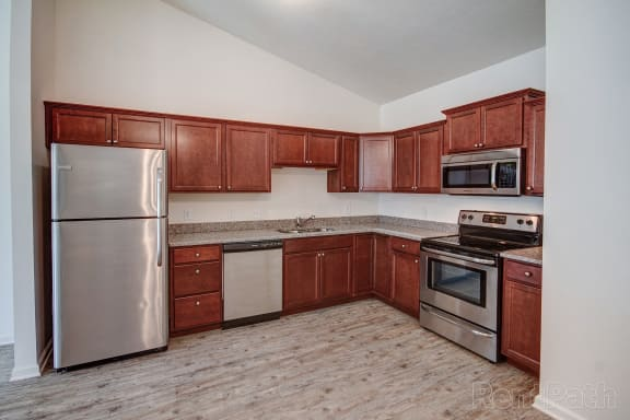 Fully Equipped Kitchen at Hawthorne Properties, Lafayette