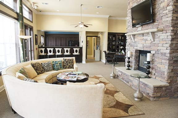 Modern Style Furniture at The Enclave at Pamalee Square Apartments, Fayetteville, NC,28301