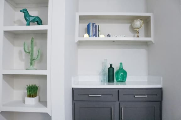 Decorated Shelf at Sunset Canyon Apartments,CLEAR Property Management, San Antonio, TX, 78232