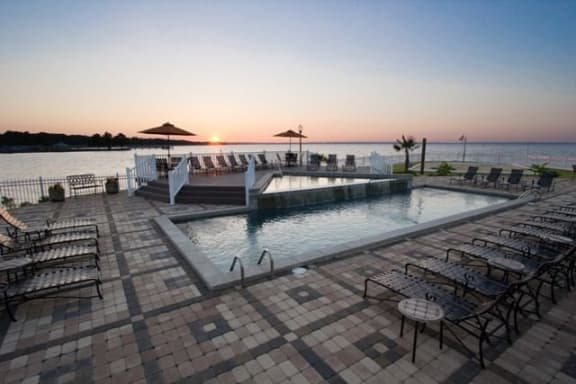 Beautiful Pool with View at Lakeshore Pointe Resort Apartment Homes, Mississippi