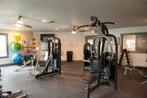 State Of The Art Fitness Center at Sterling Beaufont Apartments, Virginia, 23225