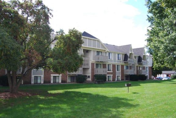 Beautiful Grounds at Briarwood Apartments in Benton Harbor, MI