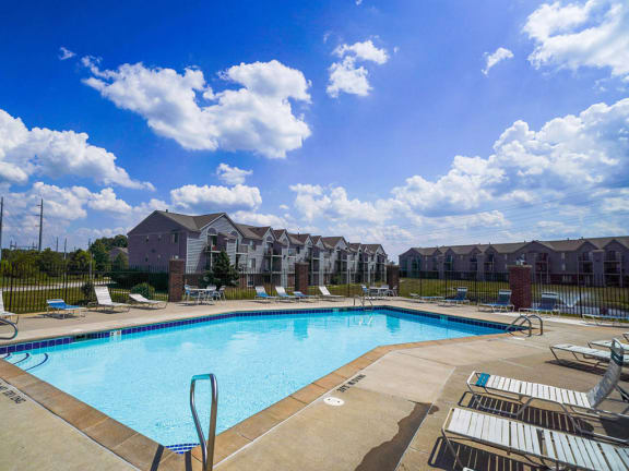 Swimming Pool with Large Sundeck and Free Wi-Fi at Dupont Lakes Apartments, Fort Wayne