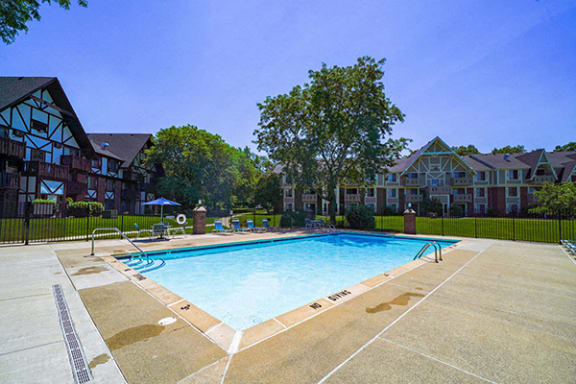 Outdoor Swimming Pool with Steps at Swiss Valley Apartments, Wyoming