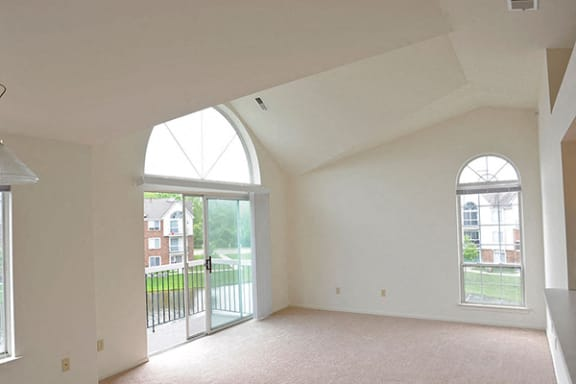 Third Floor Apartments with Vaulted Ceilings at Portsmouth Apartments, Novi, MI