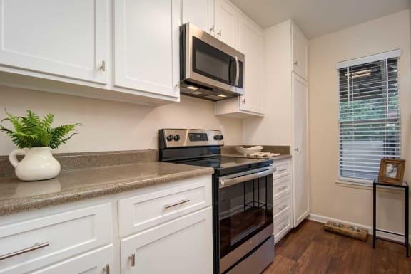 Granite Counter Tops In Kitchen at Wilbur Oaks Apartments, California, 91360