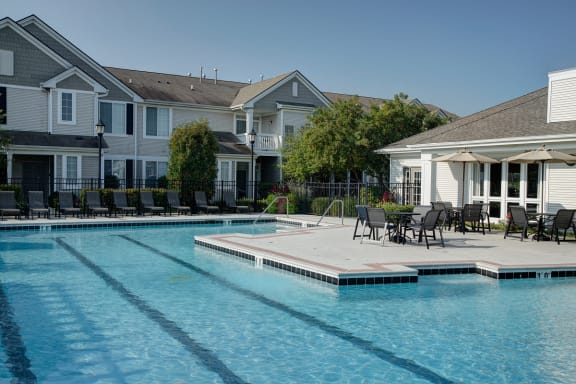 Resort Style Swimming Pool  at Farmington Lakes Apartments Homes, Oswego, IL, 60543