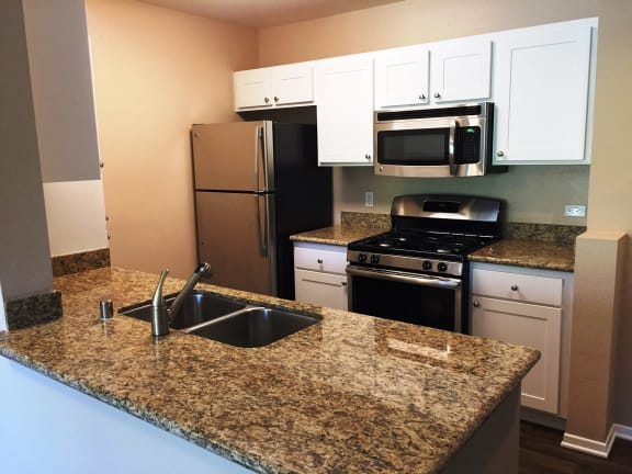 Modern Kitchen Rancho Cucamonga Senior Living-FountainGlen Terra Vista CA Kitchen