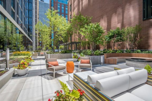 Relaxing Area on Terrace at State & Chestnut Apartments, 845 N State St, Chicago