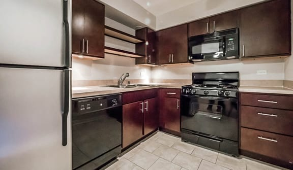 Renovated Kitchens at Reside 707 Apartments, Chicago, Illinois