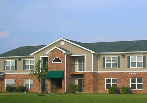 Exterior of apartment building at Hoosier Woods Apartments
