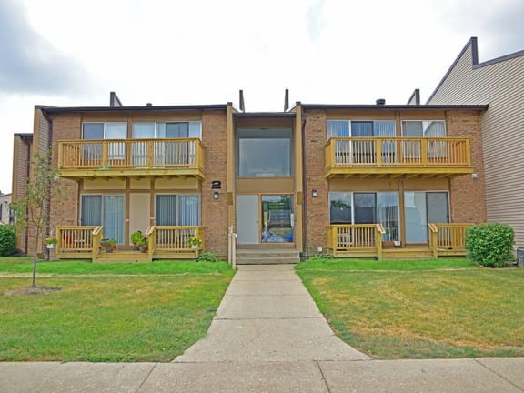 Balcony or Deck options at Grand Bend Club Apartments in Grand Blanc, MI