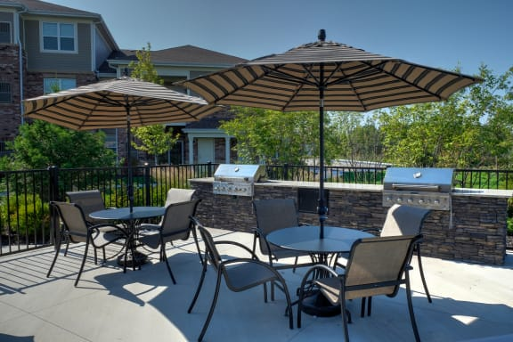 Poolside Grilling Area at Algonquin Square Apartment Homes, Algonquin, IL, 60102