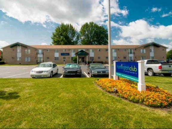 at Huntington Club Apartments, Warren, Michigan