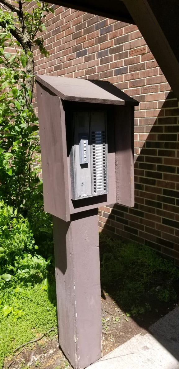 Intercom Buildings at Candlewyck Apartments, Michigan, 49001