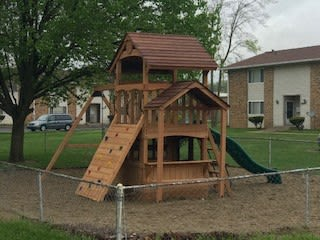 Park For Your Pets at Fountainview Apartments, Indiana