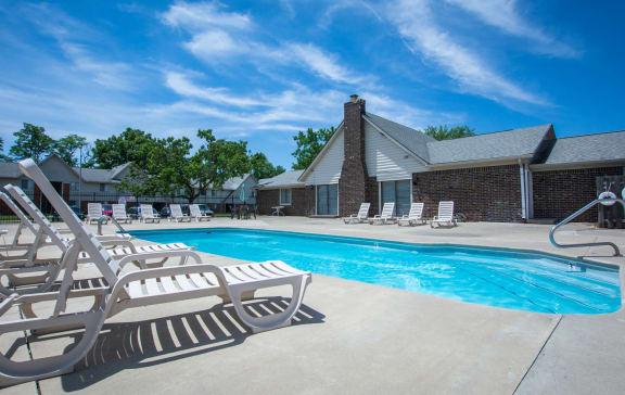 pool rent