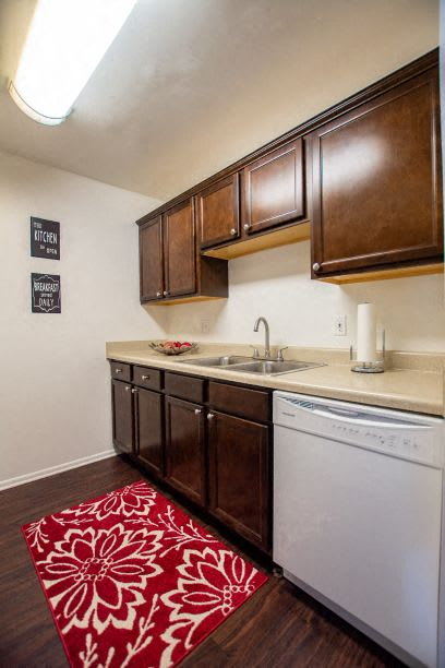 Fitted kitchen at The Lodge Apartments, Indianapolis, Indiana