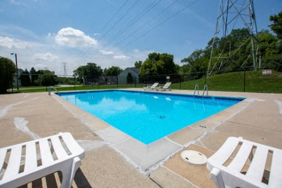 Swimming Pool at The Lodge Apartments, Indiana