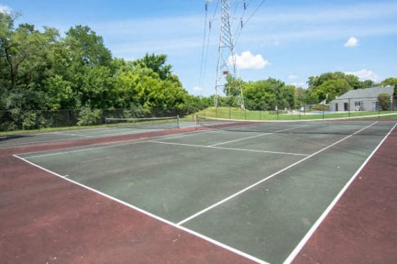 Open Tennis Court at The Lodge Apartments, Indiana, 46205